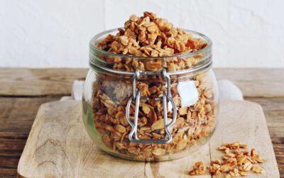 Healthy Granola Recipe – SUPER easy
